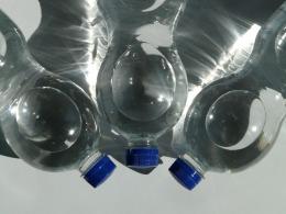 bottles-60478_1920