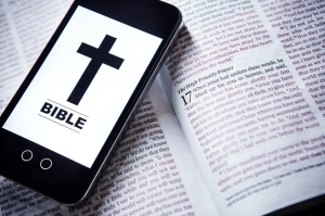Bible-and-Phone