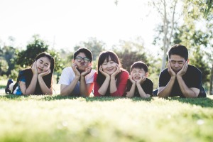 family-1599826_1920