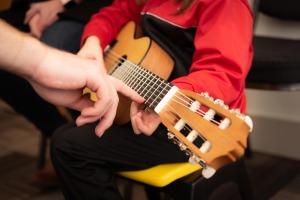 guitar-3957586_1920