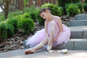 ballet-2789416_1920